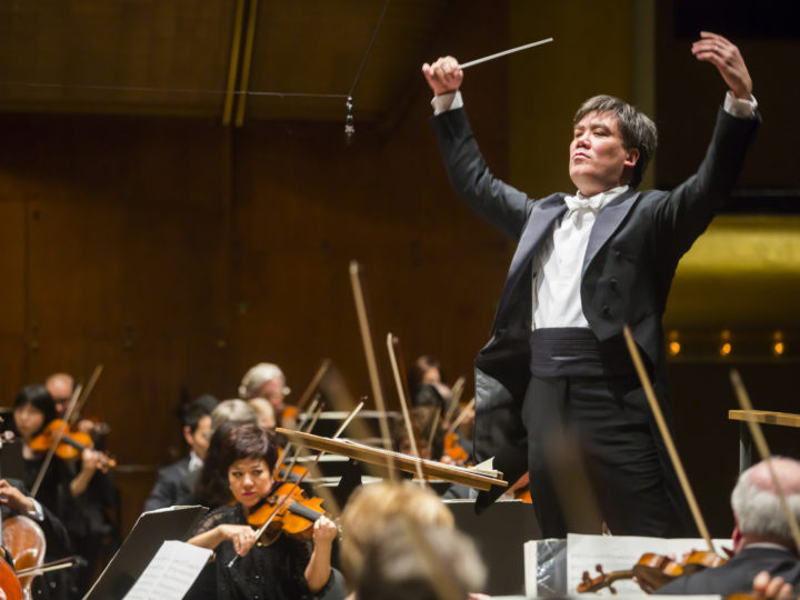 Alan Gilbert conducts the New York Philharmonic in all Nielsen program at Avery Fisher Hall, 3/12/14. Photo by Chris Lee