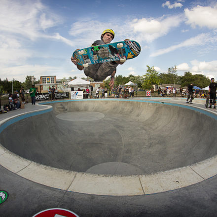 Andy MacDonald at Ann Arbor Skatepark, Photo by Morgan Andrew Somers